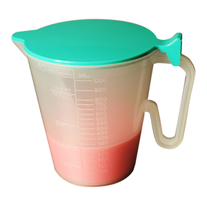 Graduated Jug with Lid - 1L